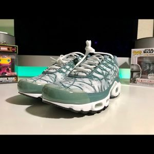 Nike Air Max Plus TN Palm CI2301-300 men's sz 8